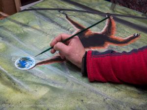 Nass in Nass Technik mit Acrylfarben - Weltkugel mit Details