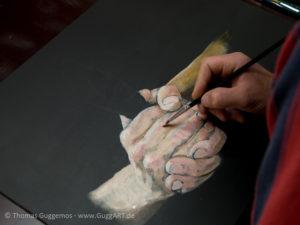 Hände malen mit Acryl - Farbige Bereiche