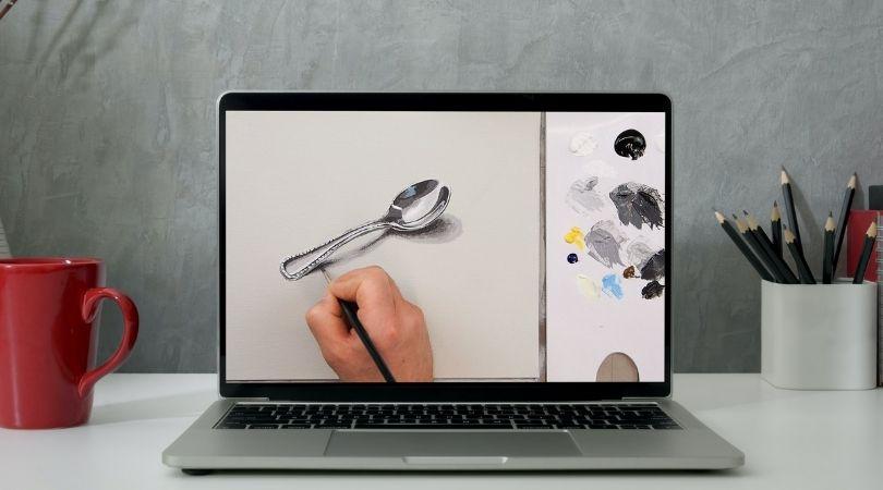 Videokurs auf Laptop